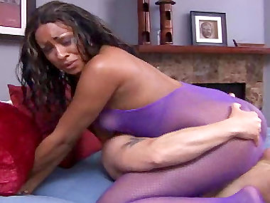 Bob fuck with sexy ebony Kaleah in her anal hole