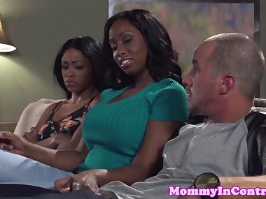 Bigbooty ebony momma doggystyled in threeway