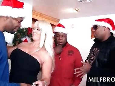 Blonde mommy doing black cocks at Xmas party