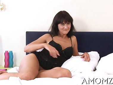 Ripe amazing mom getting fucked doggy style by a..