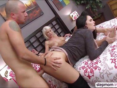 Horny stepmom Bianca Breeze teaching sex lessons to her stepdaughter